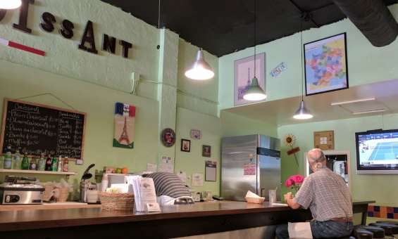 Cafe croissant miami