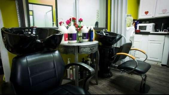 Fotos de For sale !! beauty salon, nails , spa !! 15