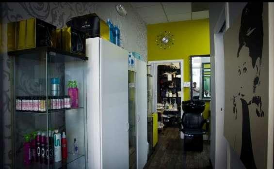 Fotos de For sale !! beauty salon, nails , spa !! 18