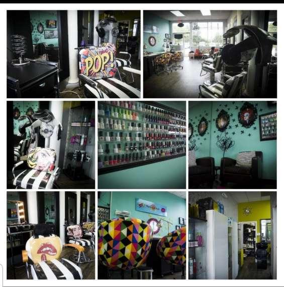 Fotos de For sale !! beauty salon, nails , spa !! 20