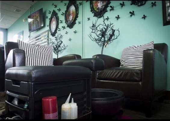 Fotos de For sale !! beauty salon, nails , spa !! 13