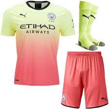 Camisetas y uniformes de fútbol