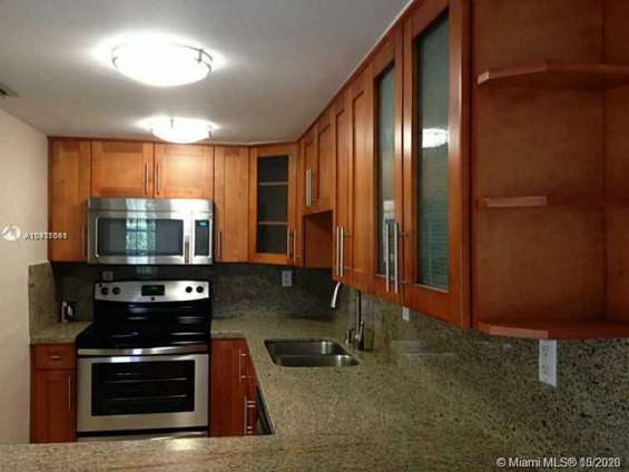 Charming 2 story townhouse brickell